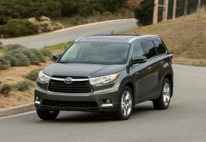 Toyota Highlander 2014 op straat