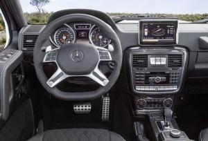 Mercedes-Benz G5004x42 interieur