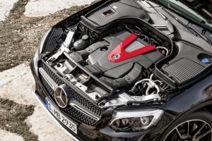 Mercedes-Benz GLC 43 AMG 3.0 V6 motor
