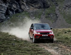 Range Rover Sport afdaling Zwitserland Ben Collins