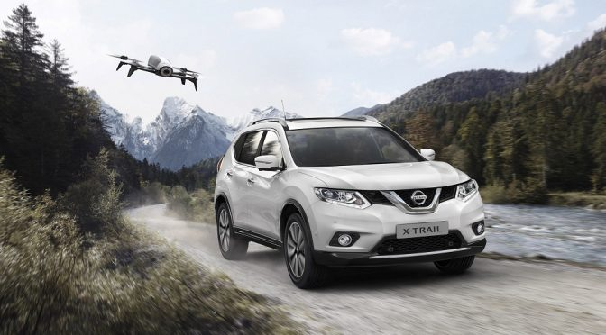 Nissan X-TRAIL X-Scape met drone