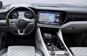 Volkswagen Touareg 2018 cockpit